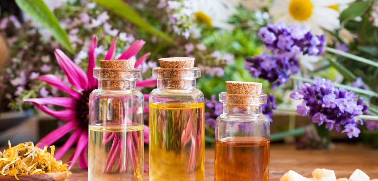 Essential Oils empress2inspire.blog